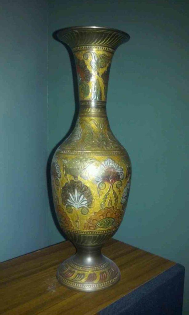 bronze-engraved-vase2