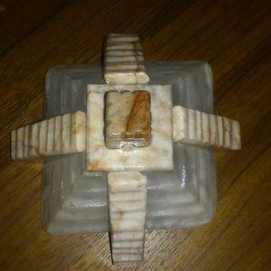 marble-like-paper-holder